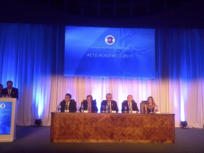 Acto Académico y nuevas autoridades de la SAC