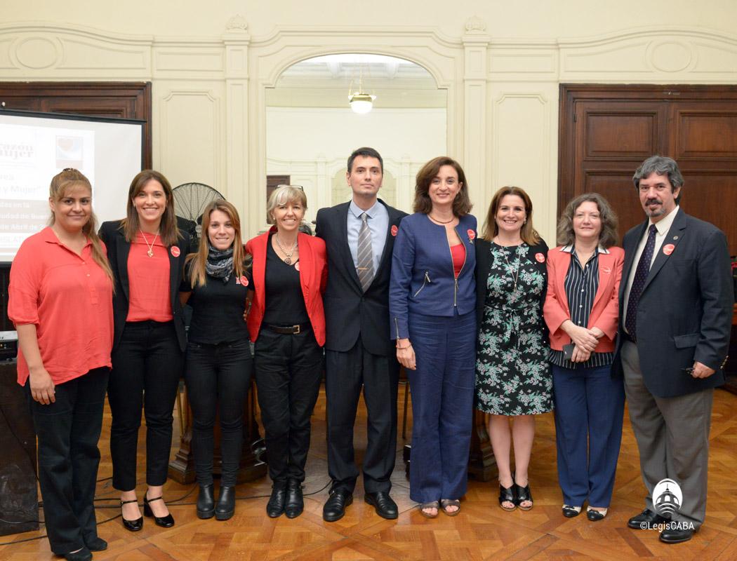 Campaña Corazón y Mujer en la Legislatura Porteña